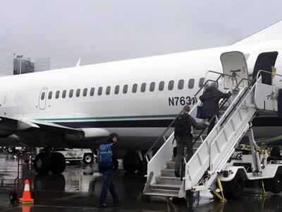 На Аляске списывают самолеты для оленей