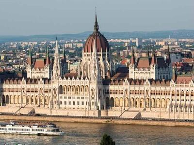 Венгрия может ввести евро раньше, чем планировалось