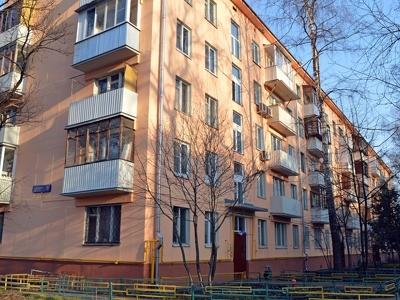 """Москвичи начали скупать """"убитые"""" квартиры в хрущевках"""