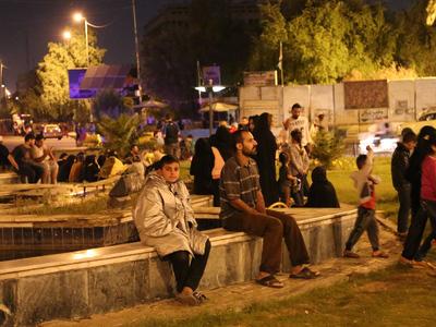 На территории Ирака число жертв землетрясения достигло 100