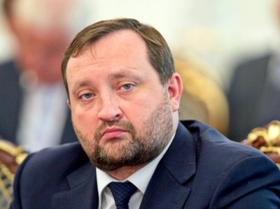 Экс-глава НБУ: Киев врет о размере госдолга Украины