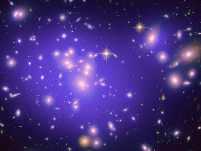 Без тёмной энергии: математики помирили теорию Эйнштейна с наблюдениями