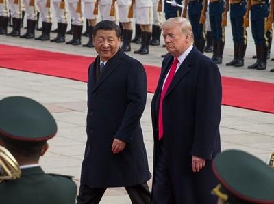 """Трамп и Китай: 2018 год будет """"горячим"""""""