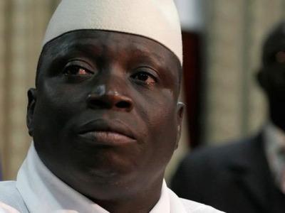Бывший президент Гамбии покинул страну