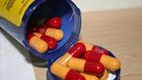 Фармацевтические компании выбрасывают отходы производства антибиотиков в окружающую среду, что вредит морской флоре и фауне, а впоследствии и человеку