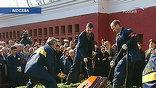 Михаила Ульянова похоронили на Новодевичьем кладбище под троекратный воинский салют - в память о русском актере и настоящем человеке