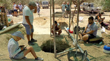 Раскопки позднеминойских захоронений в оливковой роще в Кентри, Иерапетра. Фото: Nikos Petassis / Facebook