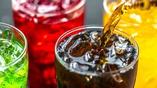 Искусственные подсластители изменяют баланс кишечных бактерий и могут мешать организму контролировать уровень сахара в крови.