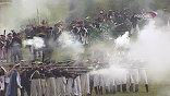 Здесь все бывалые вояки, у некоторых за плечами настоящая армия. Лошади тоже боевые, не раз нюхали порох. Но при первых залпах, даже они вздрагивают