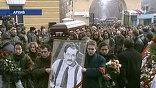 Когда в подъезде собственного дома киллеры расстреляли Владислава Листьева, Патаркацишвили задерживали и допрашивали по этому делу, но отпустили
