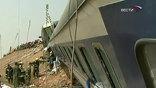 В субботу вечером в районе населенного пункта Аль-Аят в 60 км к юго-западу от Каира столкнулись два пассажирских поезда, следовавших в одном направлении