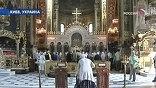Отобранных храмов на Украине  - десятки
