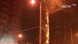 """В центре Пекина в понедельник загорелся фешенебельный отель """"Мандарин Ориентал"""". Пожарным три часа не удавалось справиться с огнем"""