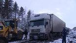 На федеральной трассе М53 образовалась огромная пробка из более чем сотни грузовиков