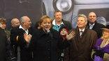 20 лет назад был разрушен главный символ холодной войны - Берлинская стена