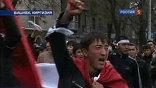 Пятница и суббота объявлены в Киргизии днями траура. В стране приспущены флаги, во всех регионах пройдут траурные мероприятия