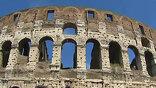 Этим летом завершится реставрация Колизея, и уже в августе ранее закрытые части памятника сможет увидеть любой желающий. Впервые публике покажут подвальные помещения. Там держали диких животных, с которыми предстояло сразиться гладиаторам.