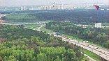 15-я минута полета. Пересечение Новорижского шоссе и Кольцевой дороги. Движение спокойное, заторов нет