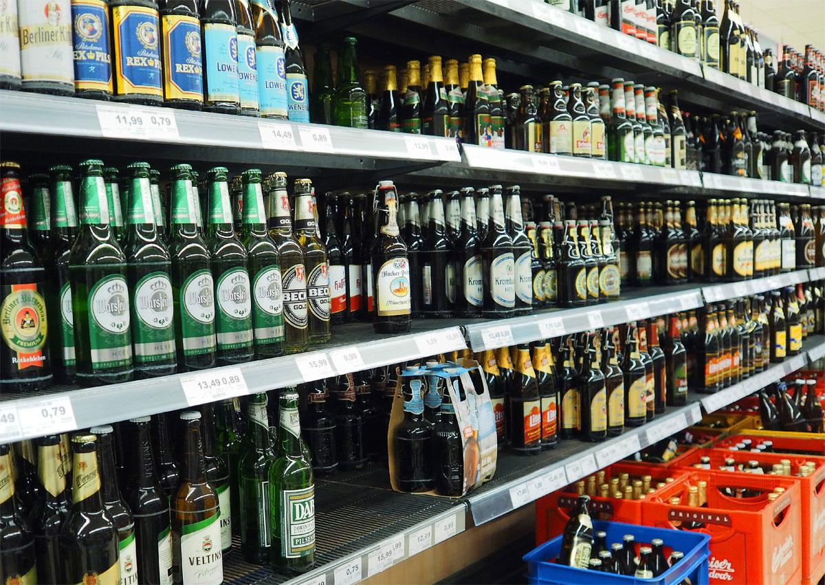 По каким документам можно покупать алкоголь