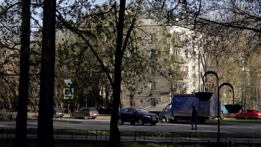В Москве из высотки после звонка о бомбе эвакуировали десятки человек