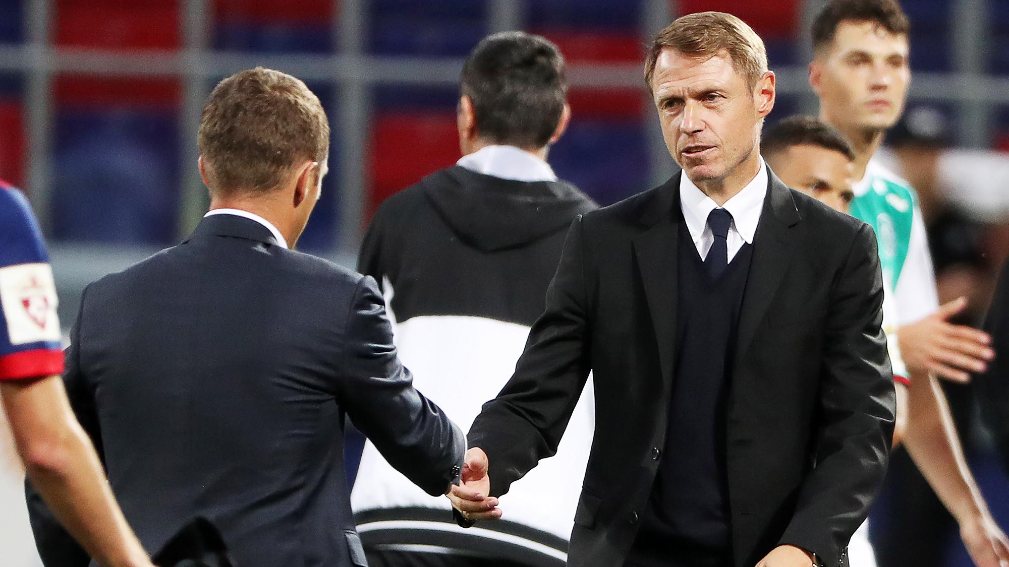 Олег Кононов попрощался с болельщиками «Арсенала» после матча с «Анжи»