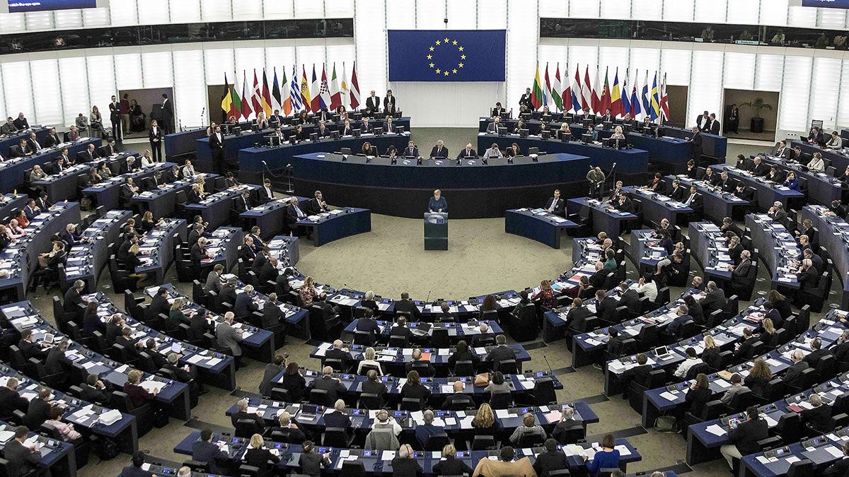 Битва за Европу. 28 стран выбирают Европарламент. Первые сюрпризы