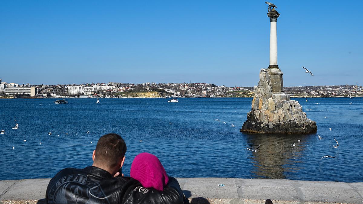В Севастополе подтвердили первые случаи заражения коронавирусом