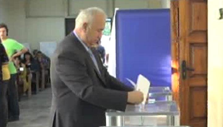 В Крыму впервые выбирают депутатов по российскому законодательству