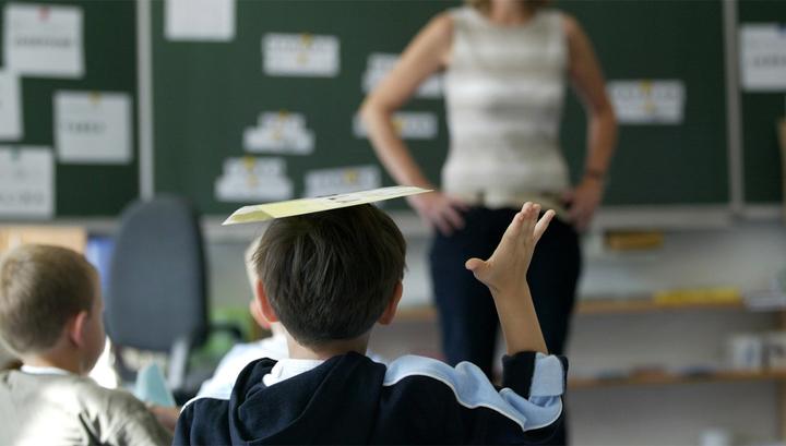 Учитель занимаетса сексом свойм школниками