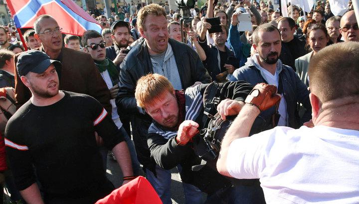 """Якунин пришел посмотреть, как на """"Марше мира"""" отрабатывают гранты госдепа"""