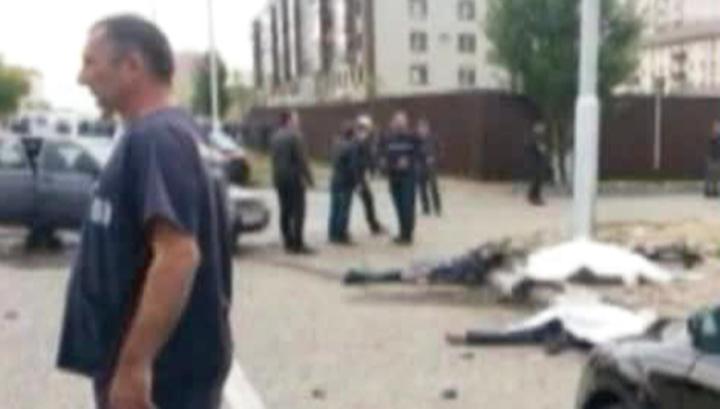 Полицейских, ценой своих жизней предотвративших крупный теракт в Грозном, наградят