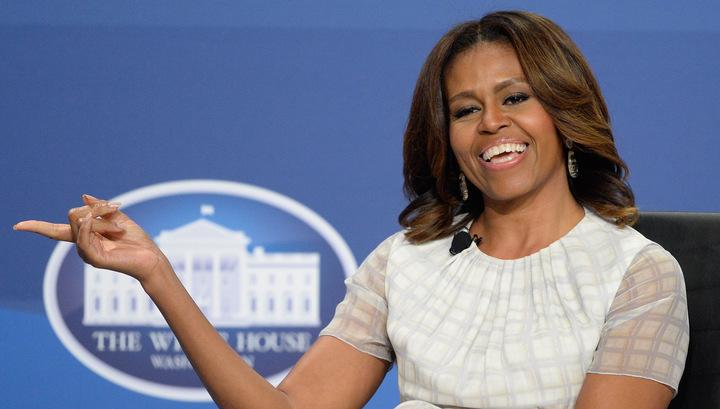 Вот и встретились два одиночества....Барак Обама - гомосексуалист, а его жена Мишель - трансексуал.