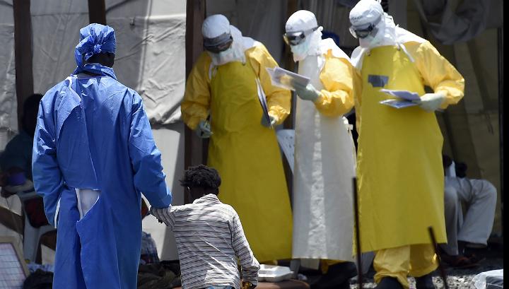 В Либерии министр ушла на карантин после смерти водителя от Эболы