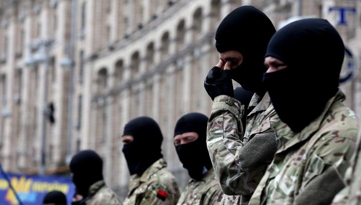 """""""Правый сектор"""" предложил пенсионерам Украины поголодать """"в пользу молодых"""""""
