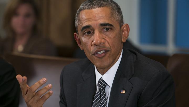 Обама признался, что целовал медсестер, которые ухаживали за больными Эболой