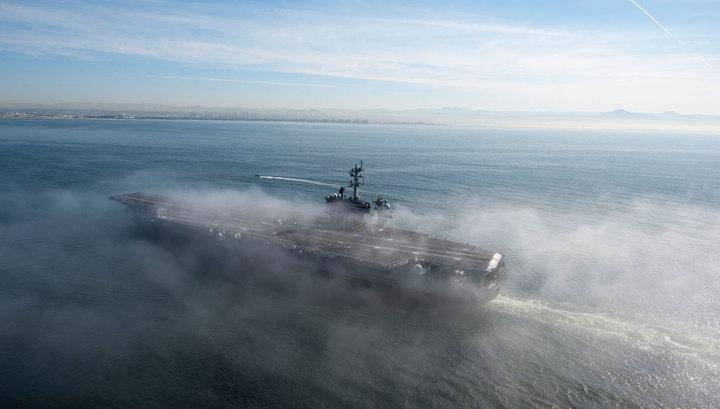 "США развернули к берегам Кореи авианосец ""Карл Винсон"""
