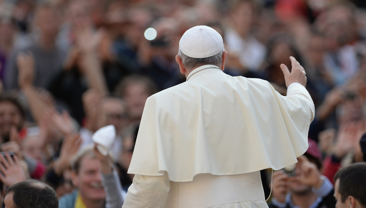 Папа Франциск помолился за жертв парижского расстрела
