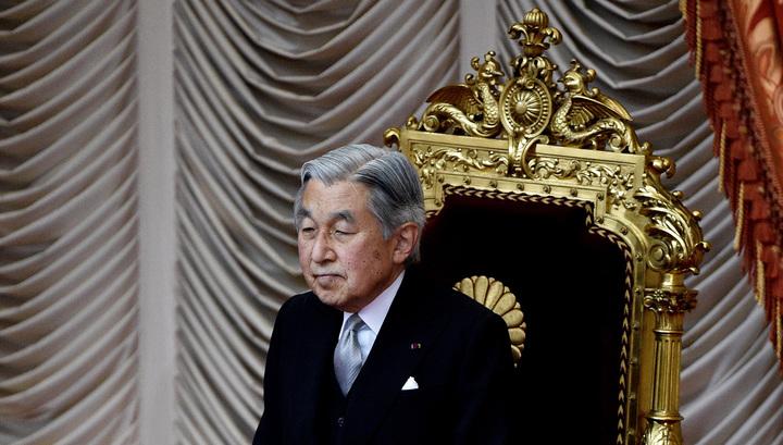 Японский император провел чаепитие по поводу своего отречения