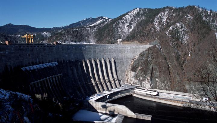 Второй гидроагрегат Саяно-Шушенской ГЭС запущен по команде Путина
