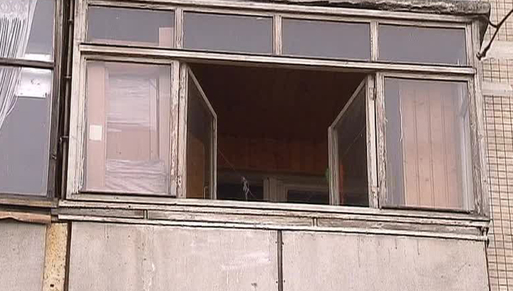 Вести.ru: в ленобласти мужчина 5 лет держал на балконе тело .