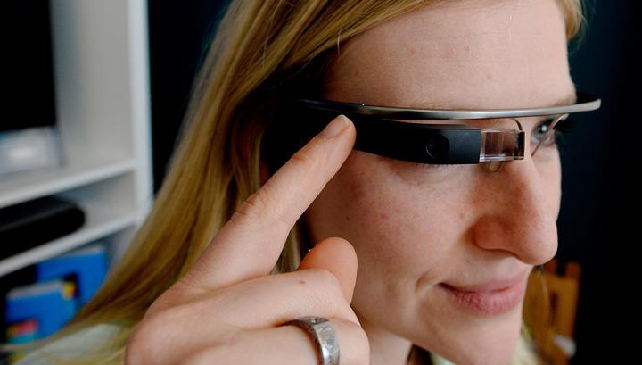 """Вести.net: """"умные"""" очки обесценились, а Nokia потеряла мобильность"""
