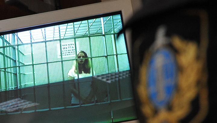 Стрельба в метро: родственники забрали Лоткову из колонии