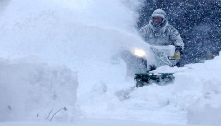 Санта Клаус украл машины: в США сильнейшая за 40 лет снежная буря