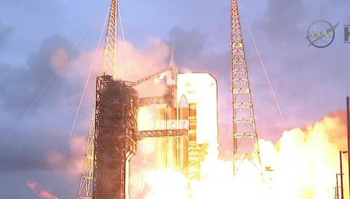"""НАСА успешно запустило экспериментальный """"Орион"""""""
