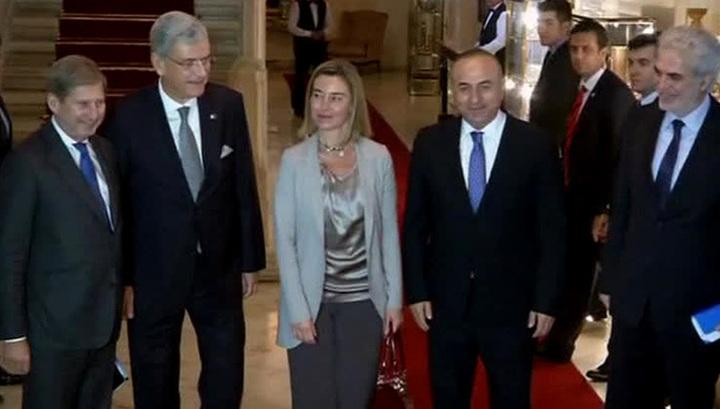 Запад тщетно пытается настроить Турцию против России