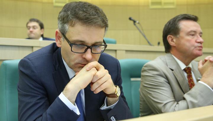 Обвиняемому в коррупции экс-сенатору оглашают приговор
