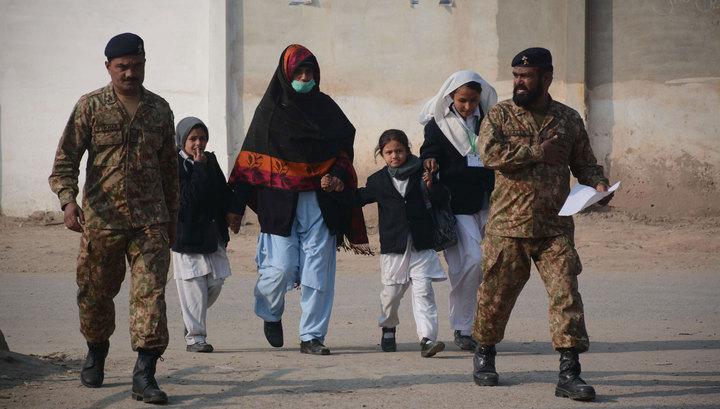 Атака на школу: почему Пакистан?