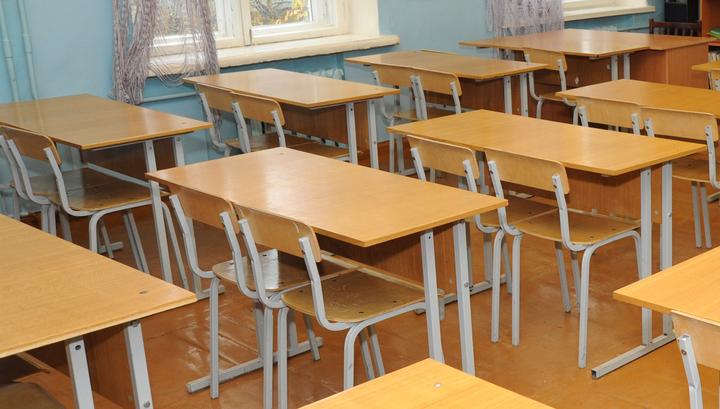 В Югре учительницу уволили за подзатыльник школьнику