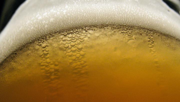 Немецкие олимпийцы лечатся безалколгольным пивом после матчей