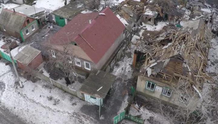 Ополченцы эвакуируют мирных жителей. Евгений Поддубный из Углегорска